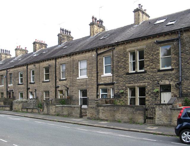 Bingley - Lock Road terrace