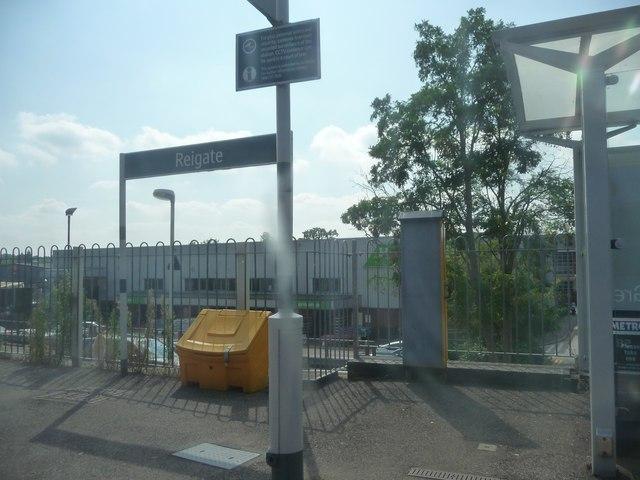 Reigate : Reigate Railway Station