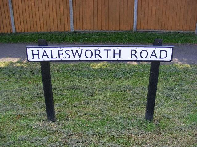 Halesworth Road sign