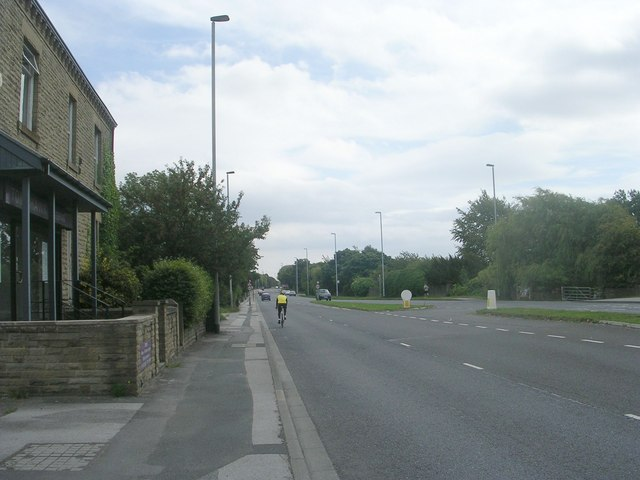Wakefield Road - viewed from Gildersome Cross Roads