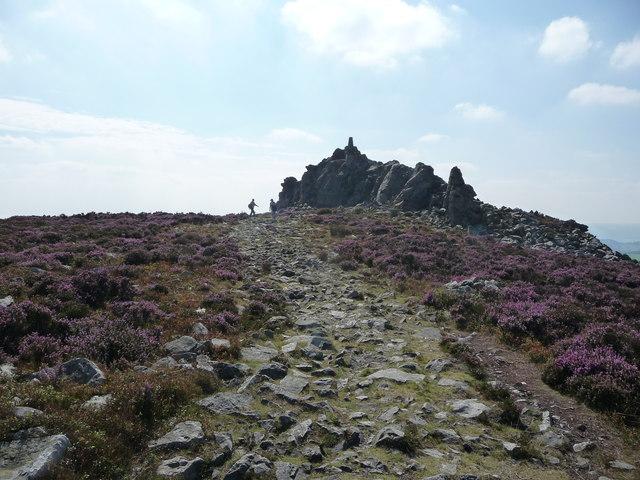 Footpath approaching Manstone Rock on Stiperstones