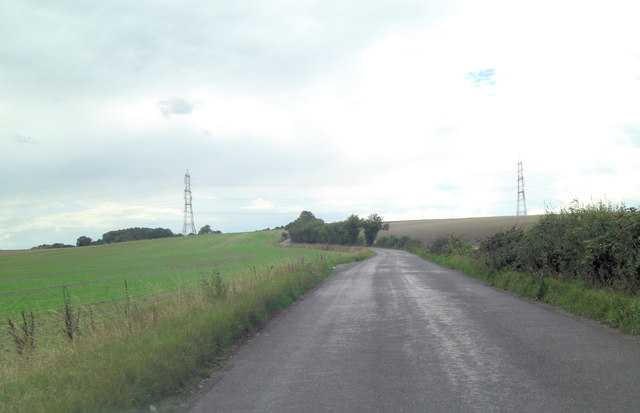 Halfpenny Lane as it leaves the A329