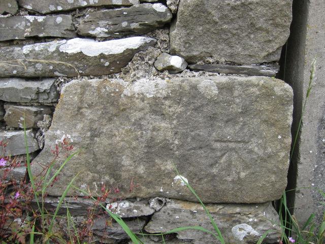 Bench mark on a barn in Goat lane