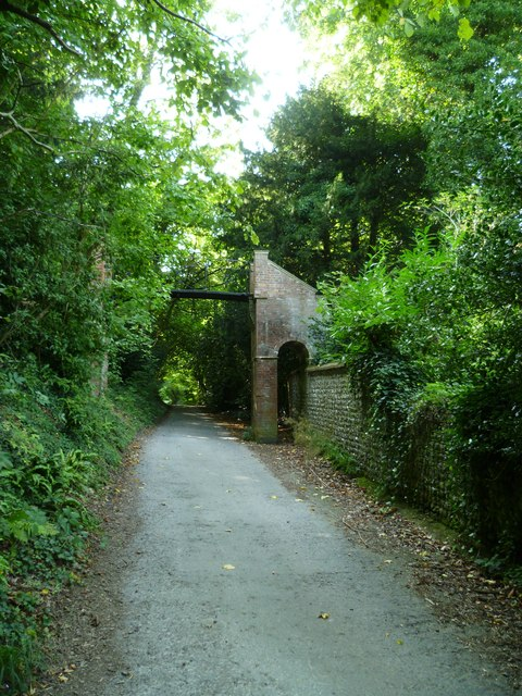 Footbridge over bridleway at Wiston House