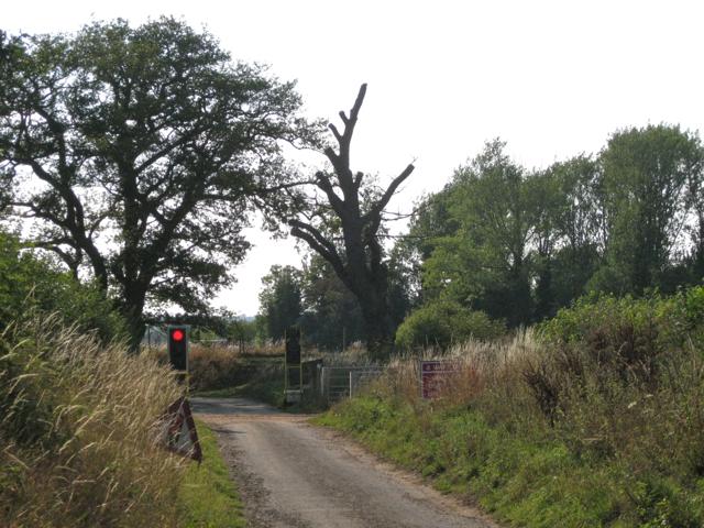 Light signals on Mercote Hall Lane