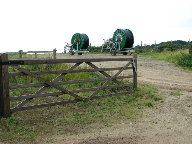 Irrigation equipment by the reservoir near Black Hills, Castle Rising