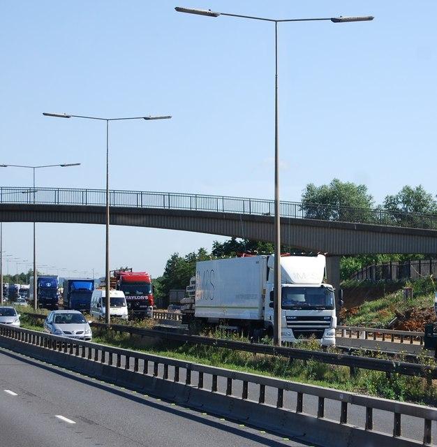 Footbridge, M25