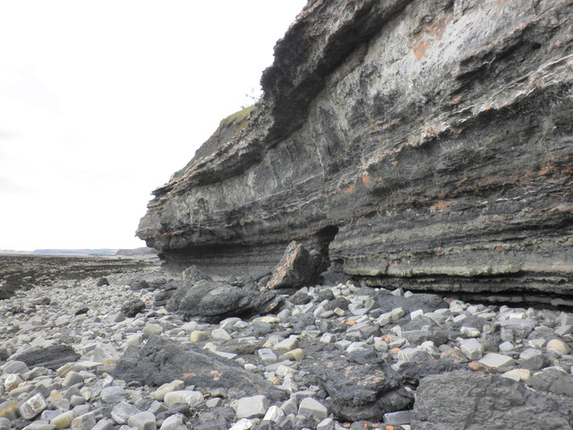Cliff face erosion, Blue Anchor Bay