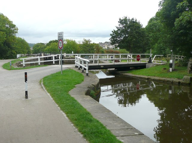 Hirst Wood Swing Bridge, Hirst Lane, Saltaire