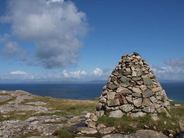 Cairn Dun I Iona