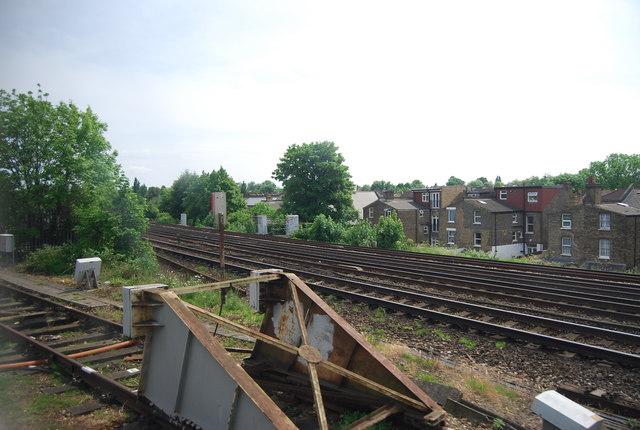 Railway lines merge