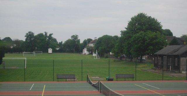 Quintin Hogg Memorial Ground, Grove Park