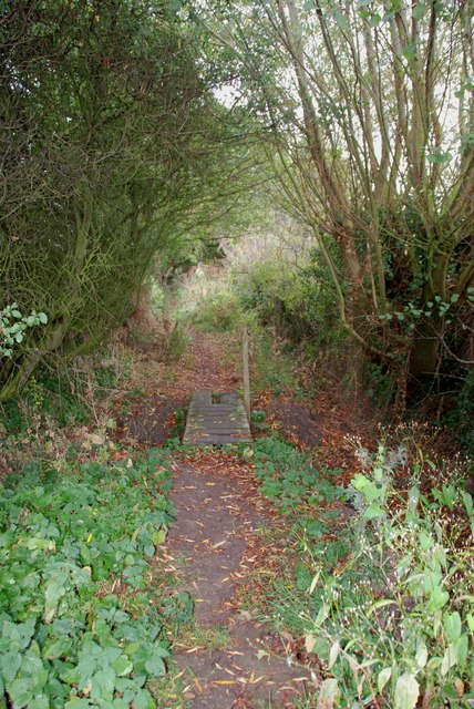 Small Bridge on Footpath near Wheaton Aston