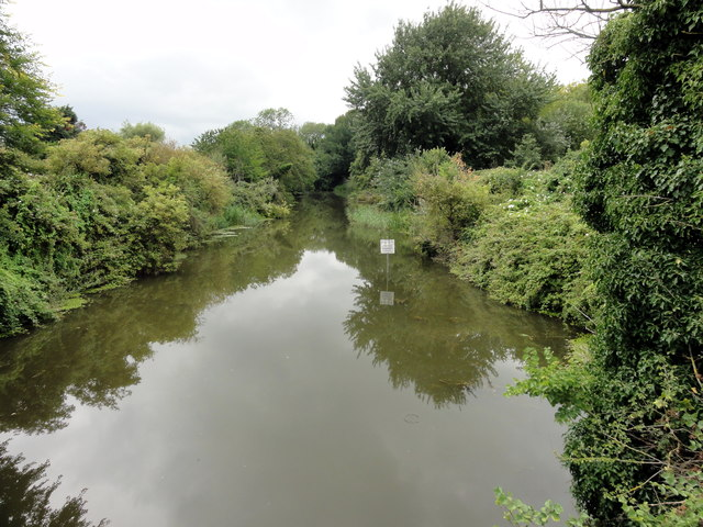 West Hythe, Royal Military Canal