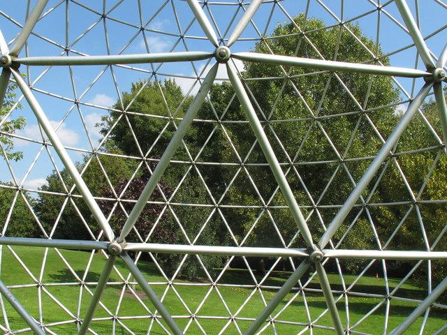 Triangle steel grid of sphere sculpture