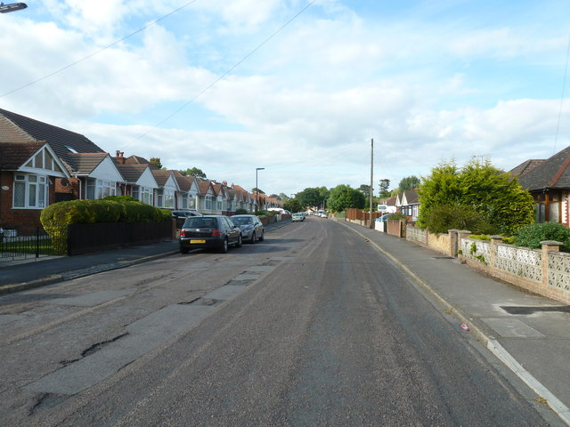 Mid section of Merridale Road