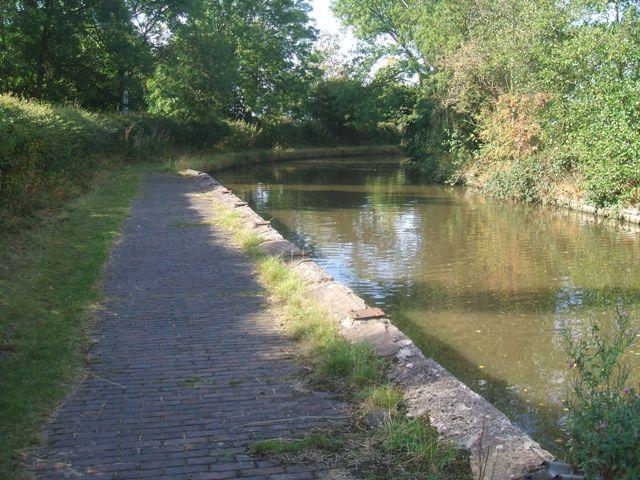 Wharf near Slade Heath - Staffordshire and Worcestershire Canal