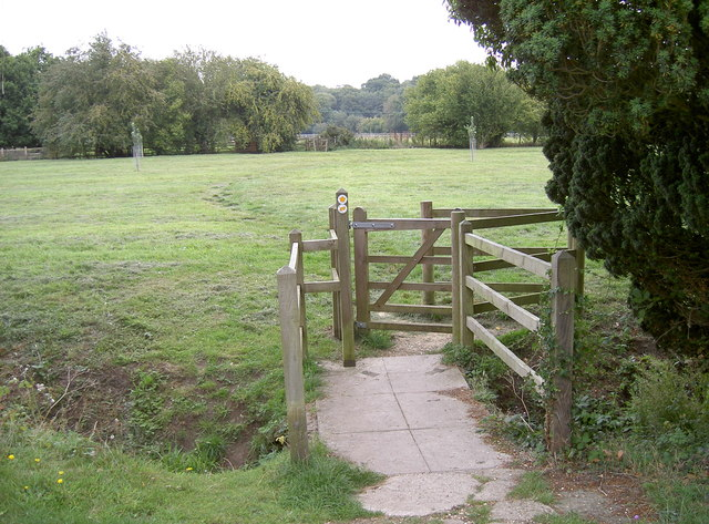 Footpath to Bessels Leigh