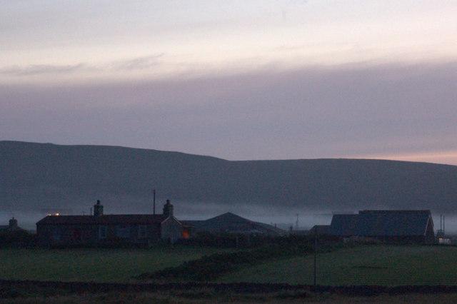 Millbrae, Baltasound, at dusk