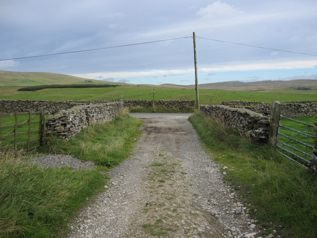 Moor Head Lane towards Goat Lane