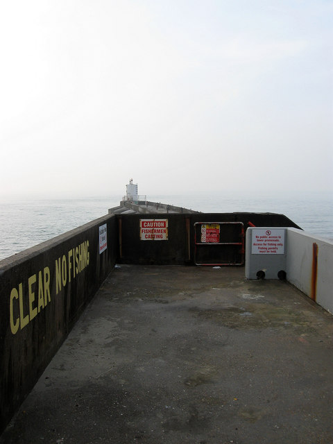 Navigation Beacon, West Breakwater