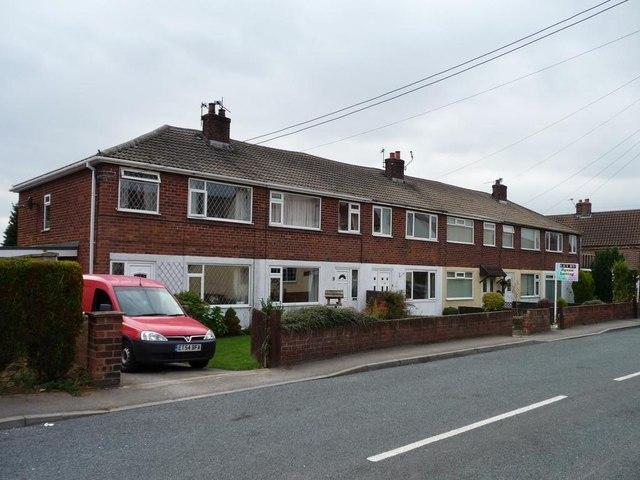 Houses opposite the Royal Oak