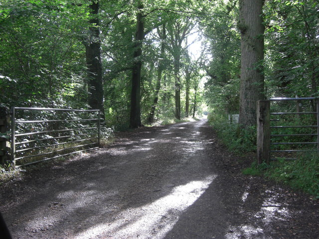 Track from Scratchface Lane to Rushall Black Barns
