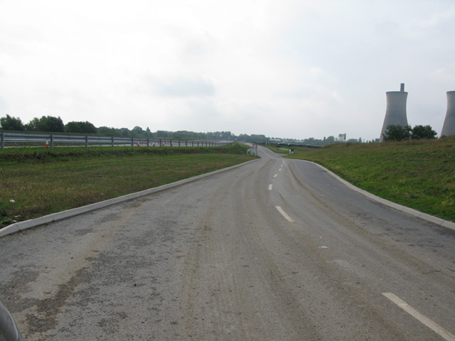 View along the service road towards the new Ebbsfleet roundabout