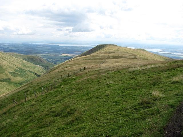 Ridge between Ben Ever and Wood Hill