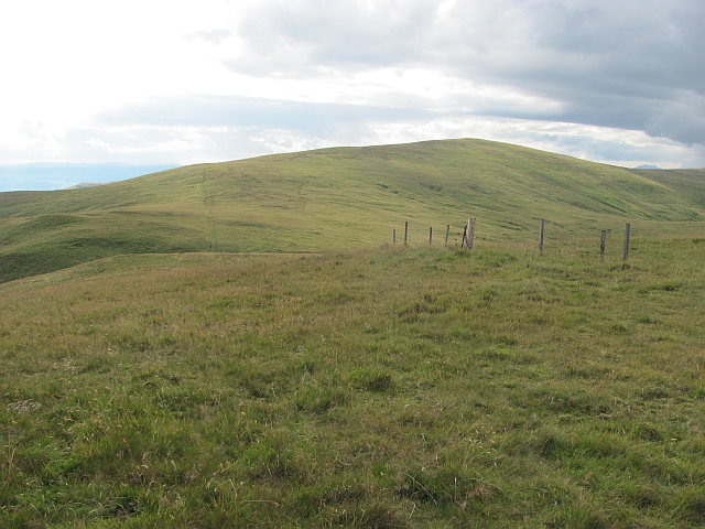 Ben Cleuch seen from Andrew Gannel Hill