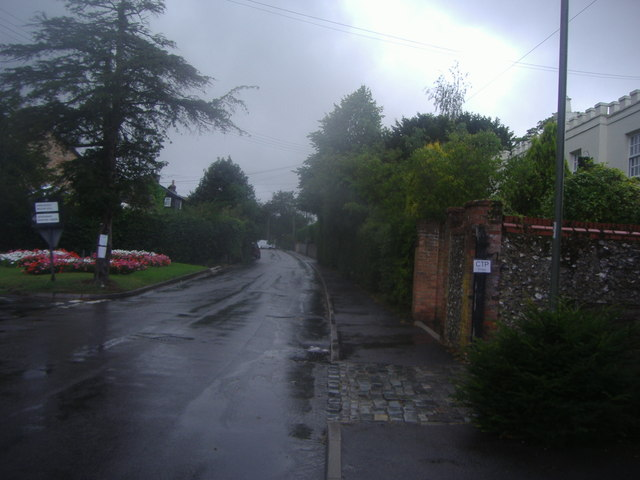 Junction of Main Road and Old London Road, Knockholt Pound