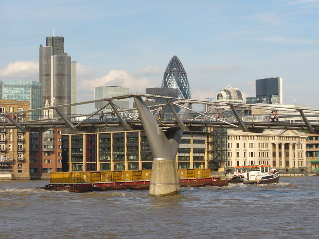 Working Barge and London Millennium Footbridge
