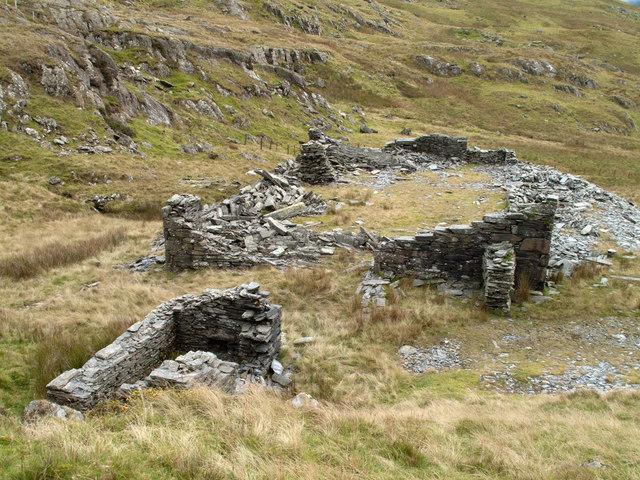 Ruins at Bwlch Cwm Llan Quarry