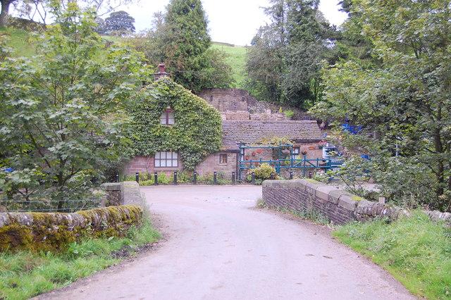 Cottage by the bridge