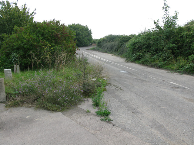 The old A299 near Lord of the Manor