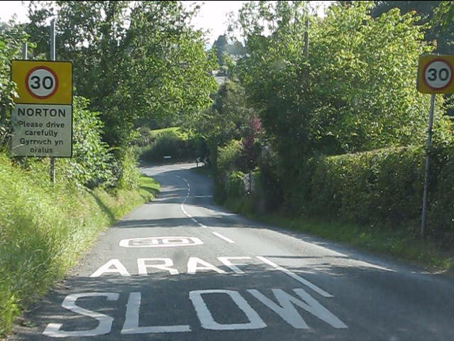 Entering Norton from the north