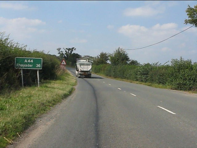 Route confirmatory sign, A44 north of Golden Cross