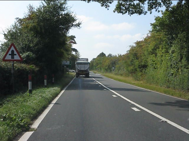 A44 approaching Hope End crossroads