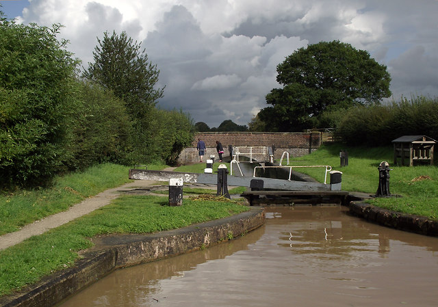 Stanthorne Lock west of Middlewich, Cheshire