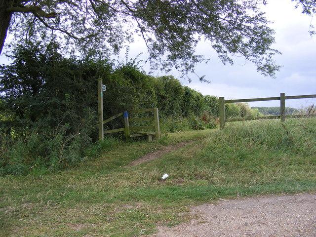 Footpath to Low Farm & Easton Hall