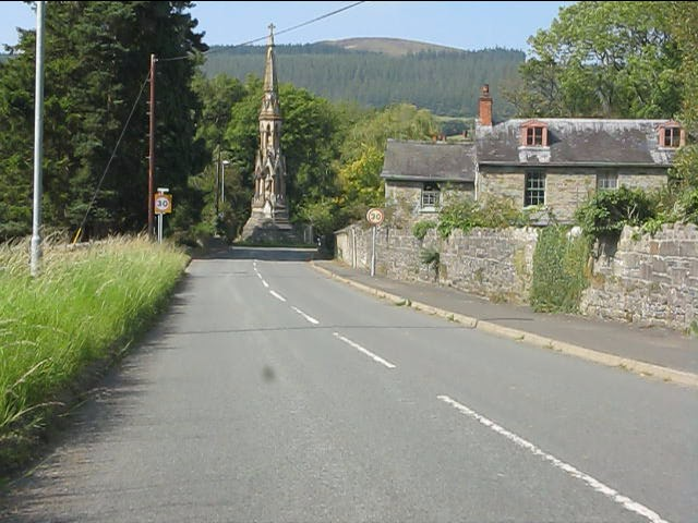 Southern entry to New Radnor