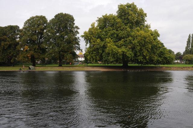 The Thames near Sunbury Lock