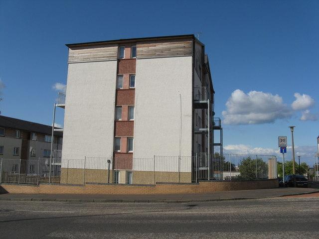 Housing at Hyvots Bank