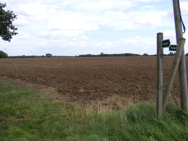 Footpath to Park Road & St,Mary's Church, Leatheringham