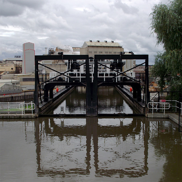 Anderton Lift access channel, Cheshire