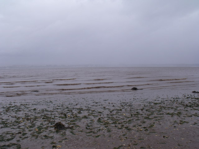 Dirty weather on the tidal flats east of Bo'ness on the Forth