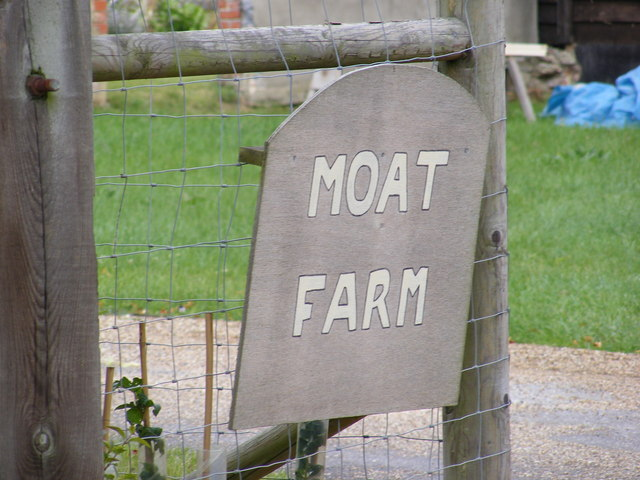 Moat Farm sign
