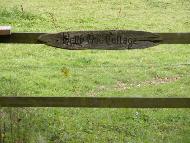 Bally Hoo Cottage sign