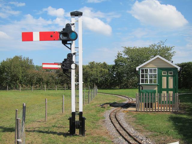 Train signal at Brogdale Farm
