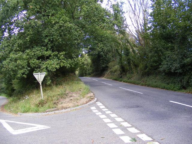 The B1078 looking towards Manor Road